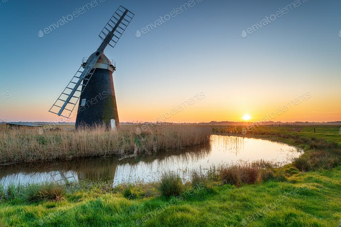 Mutton's Drainage Mill