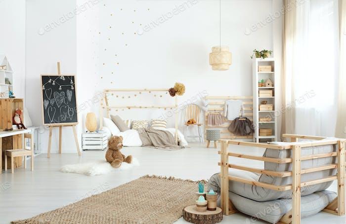 Spacious kid's bedroom