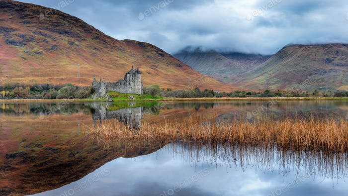 Autumn at Kilchurn Castle