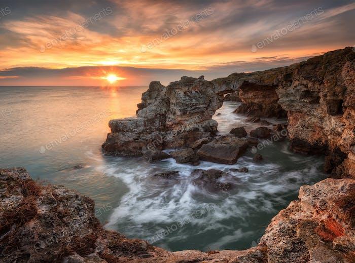 Meer Felsen und Winter Meer