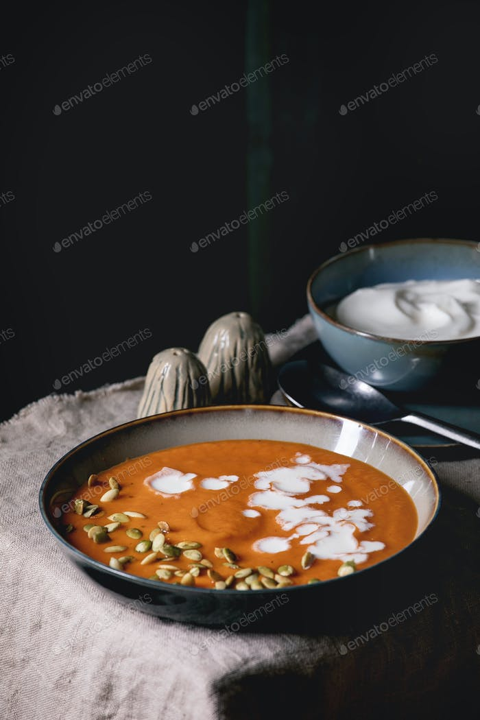 Pumpkin soup with cream