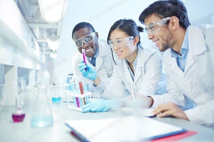 Работающие ученые