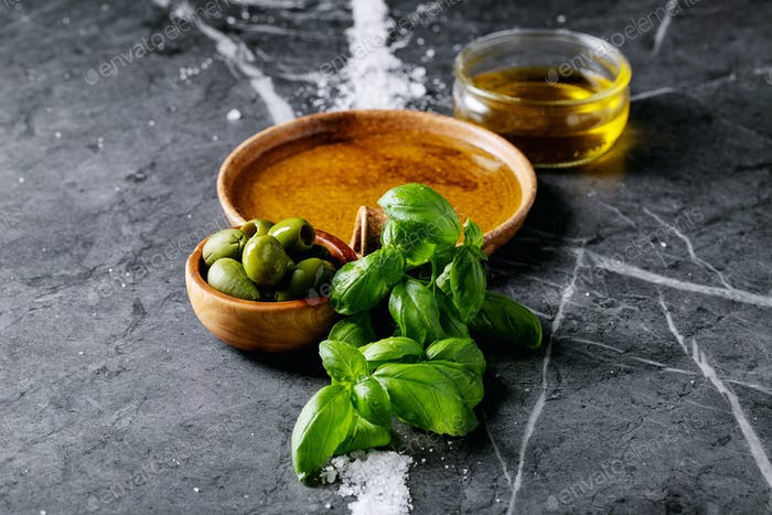 Olive oil in ceramic bowl
