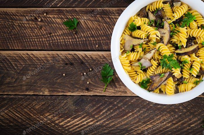 Fusilli pasta gluten free with forest mushrooms
