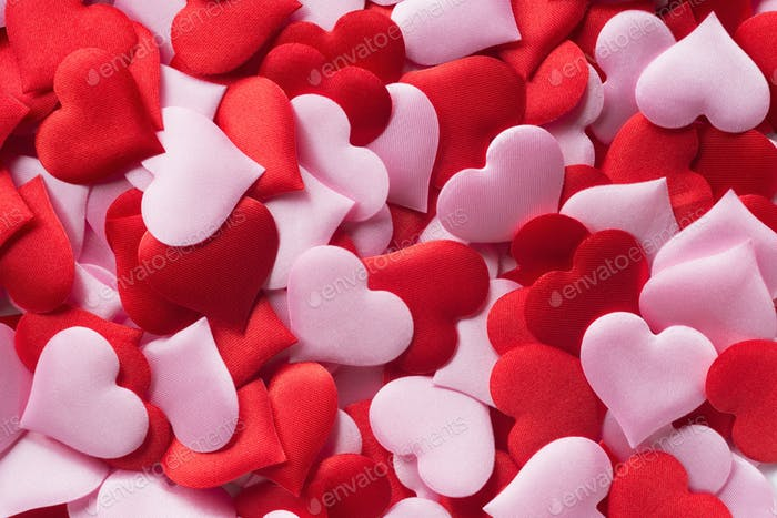 Mix of red and pink hearts