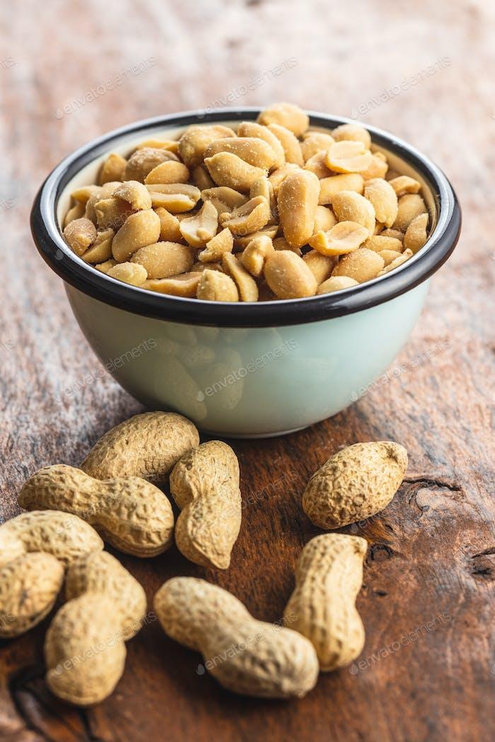 Geröstete gesalzene Erdnüsse