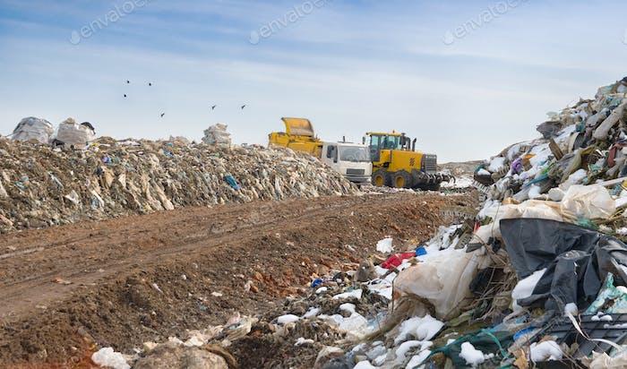 unloading garbage