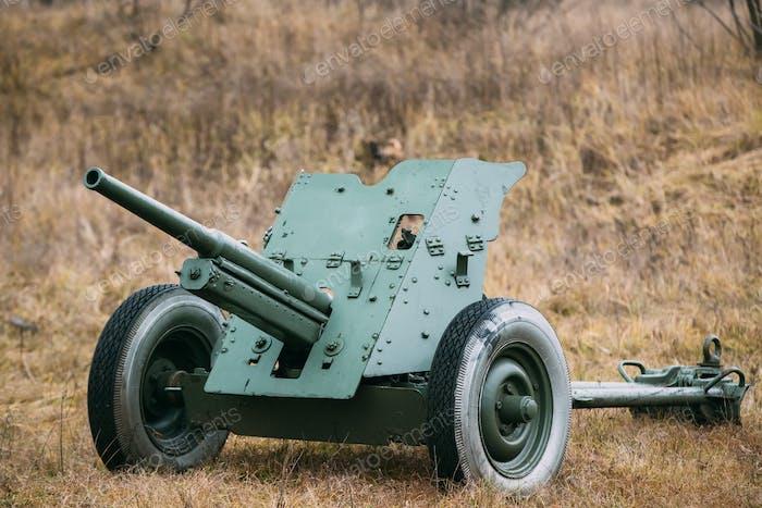 Russische sowjetische 45mm Panzerabwehrpistole. Es war die Haupt-Panzer-Wea