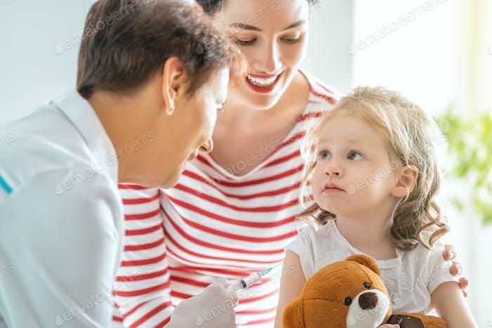 Impfung für ein Kind