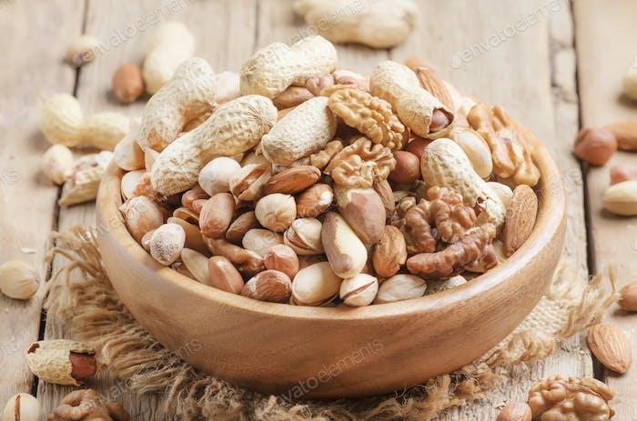 Nuts set assortment