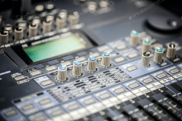 Sound music mixer