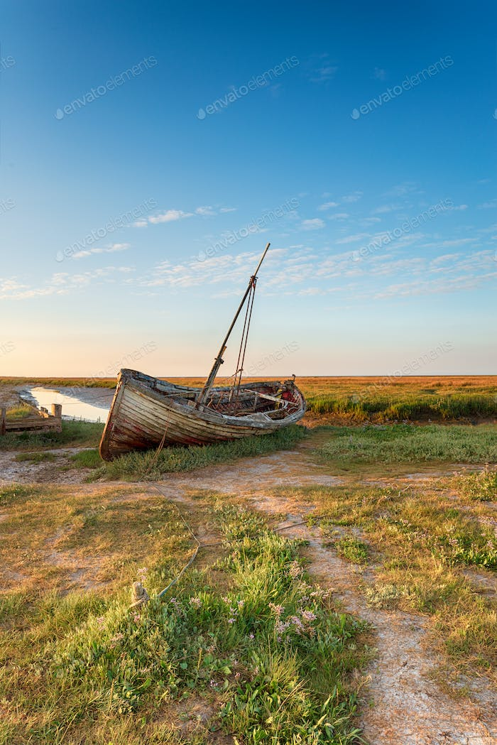 An old boat at Thornham Old Harbour