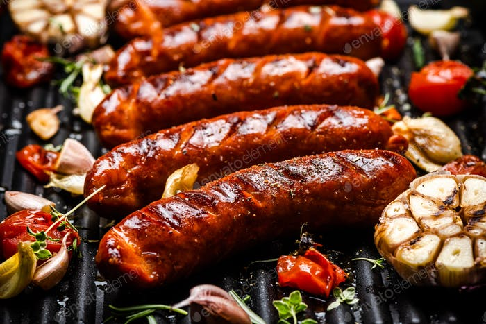 Barbecue Pork Sausages with Grilled Vegetables,Garlic, Herbs and Spices