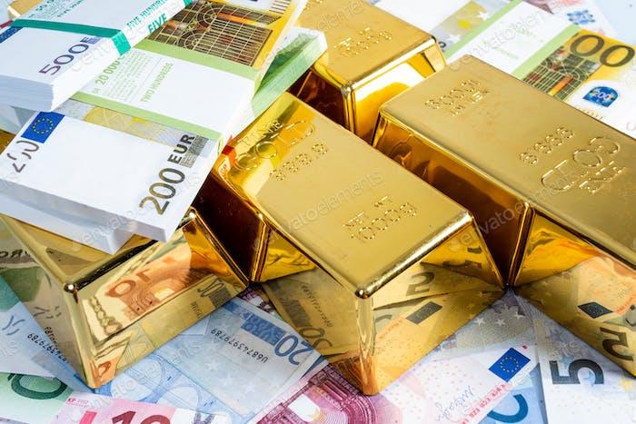 Lotes de Oro con fondo de billete en euros