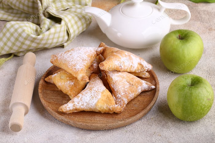 Puff Pastry with Apple