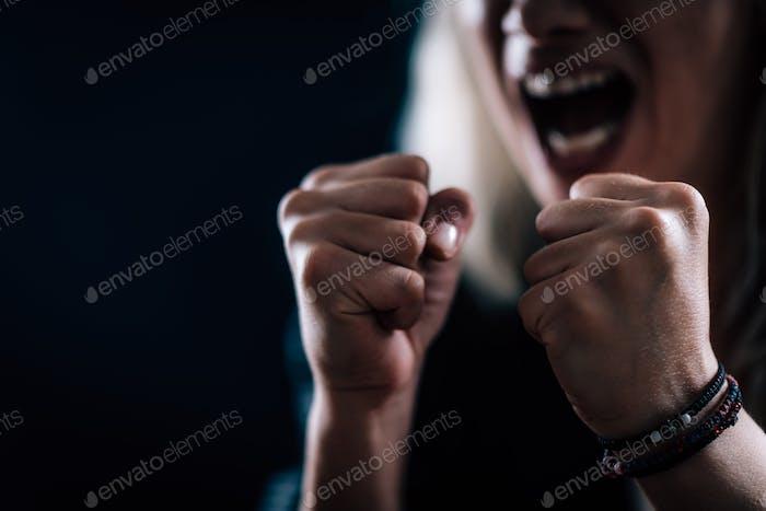 Wut — Porträt einer bösen Frau