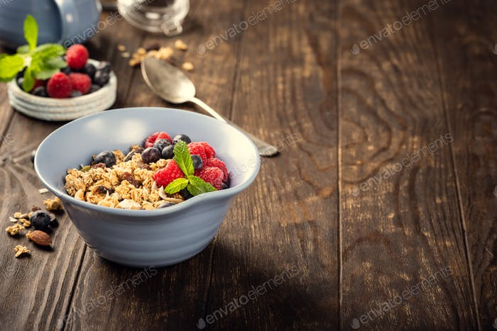 Oat granola with berries and yoghurt