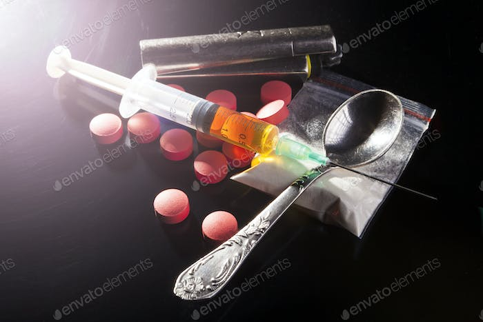 Drugs with Spoon