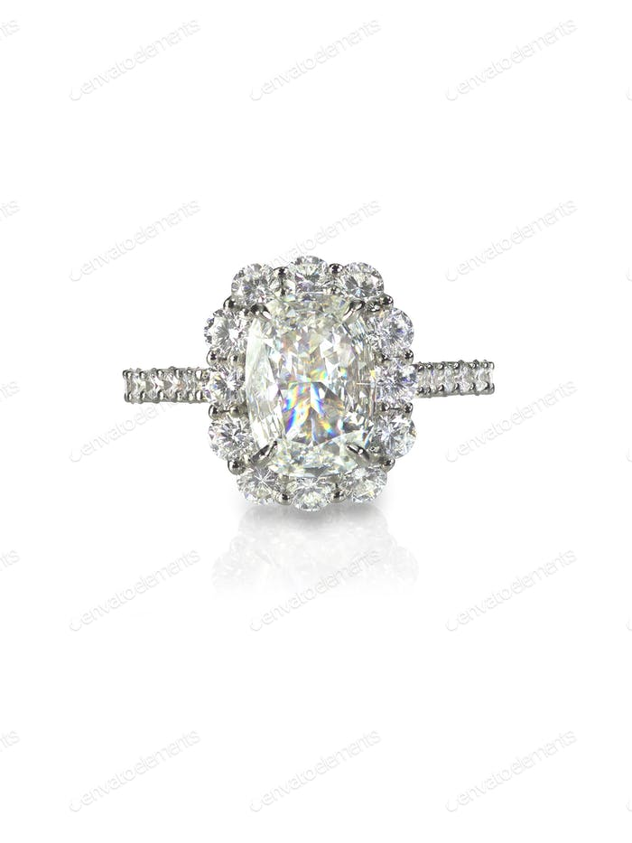 engagement wedding ring Diamond solitaire cushion cut halo setting