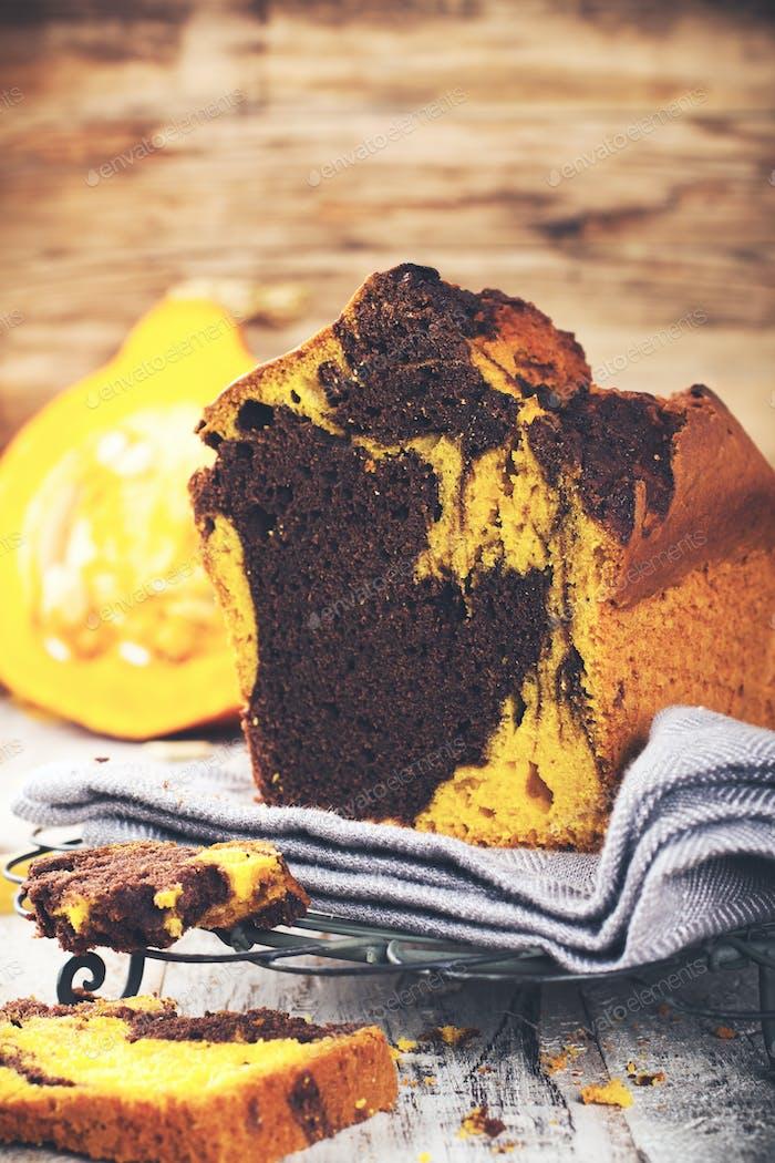 Marble chocolate pumpkin cake