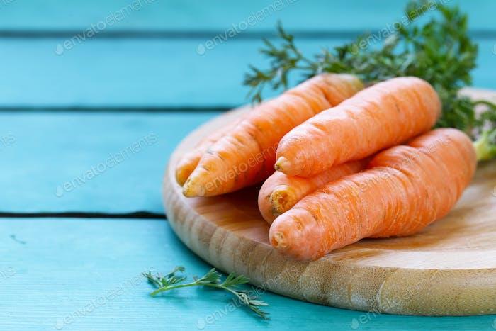 Natürliche Bio-Karotten