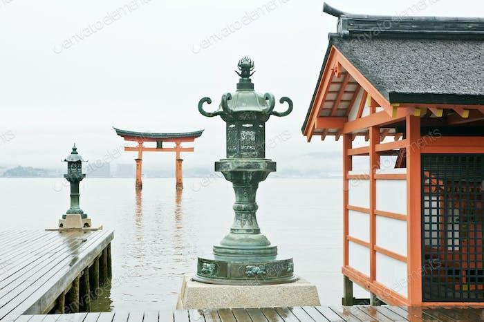 52983,Itsukushima Shrine