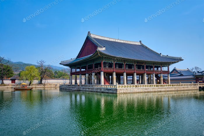 Gyeonghoeru Pavillion Royal Banquet Hall in Gyeongbokgung Palace, Seoul