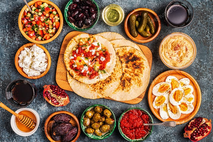 Traditional dishes of Israeli and Middle Eastern cuisine