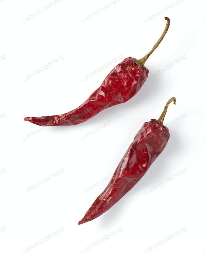 getrocknete Pfeffer Chili isoliert auf weiß