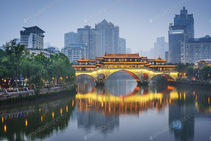 Chengdu, China auf dem Jin Fluss