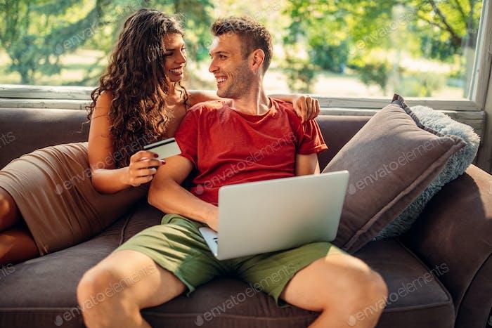 Compras en línea desde el sofá