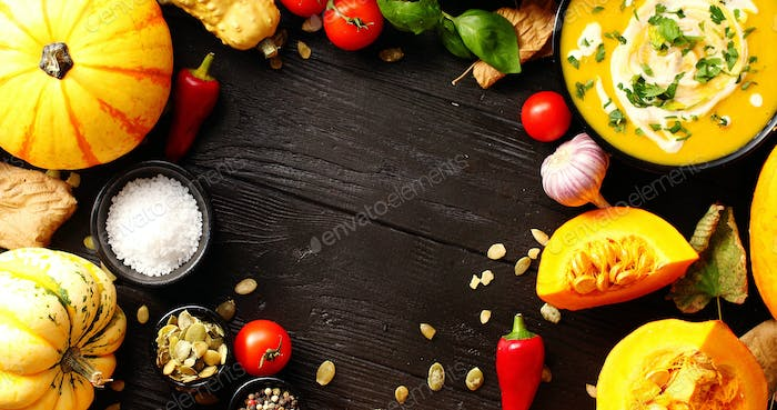 Fresh vegetables placed in circle