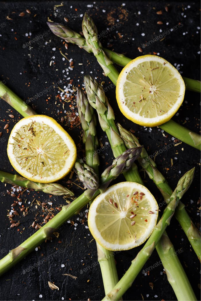 Asparagus and lemon