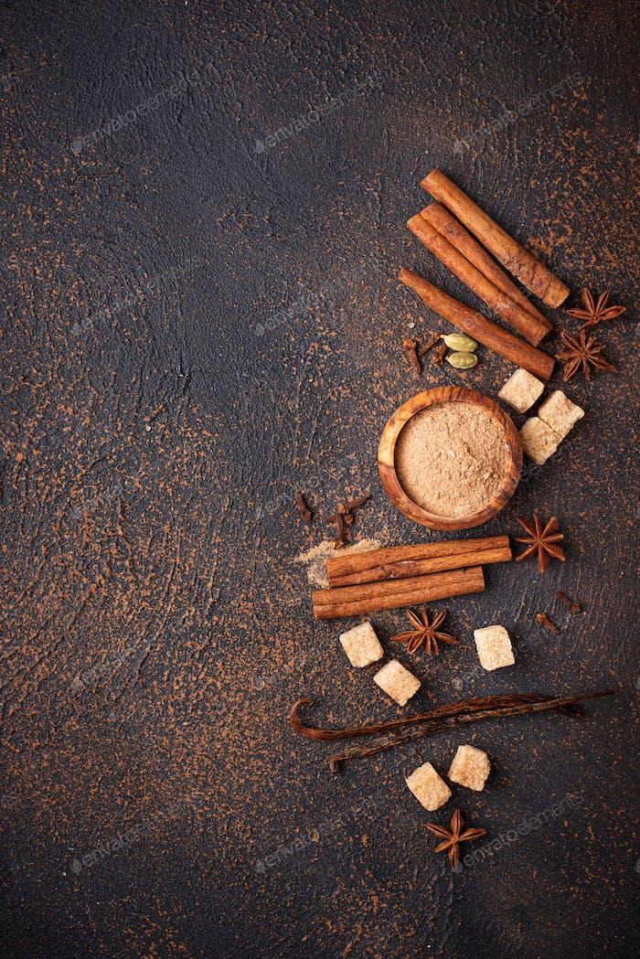 Cinnamon, anise, cardamom, clover and sugar