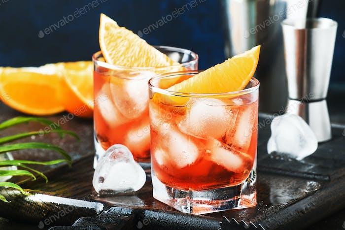 Negroni-alkoholischer Cocktail
