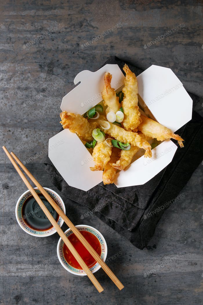 Fried tempura shrimps with sauces