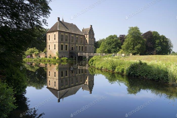 Reflection Vorden castle