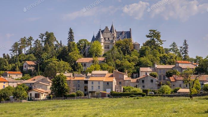 Rural town of Montdardier