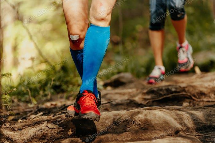 woman feet runner
