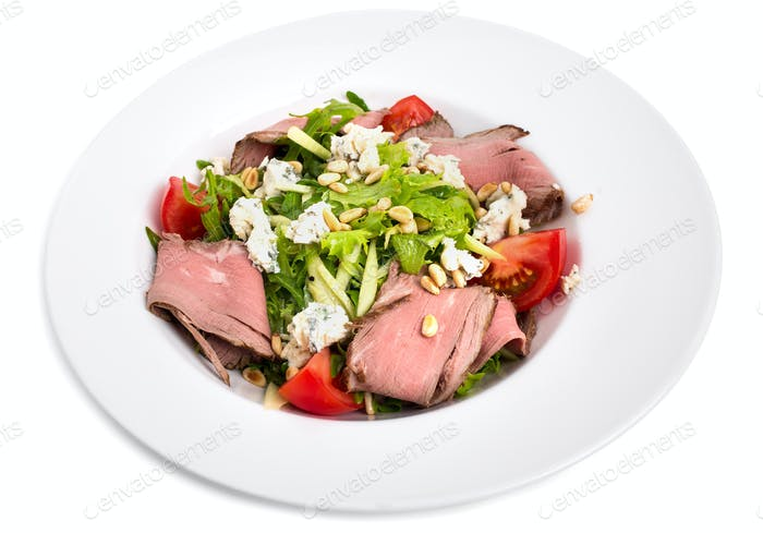 Warm roast beef salad with goat cheese.