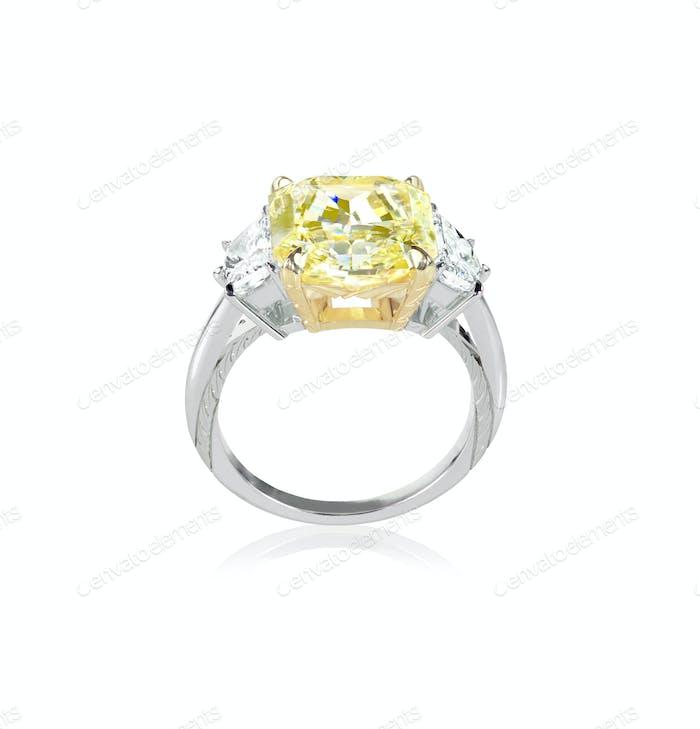 Seitenansicht kanarien-gelber Diamant Verlobungsring