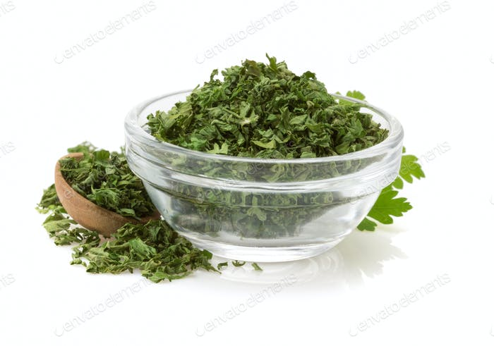 dried parsley in bowl