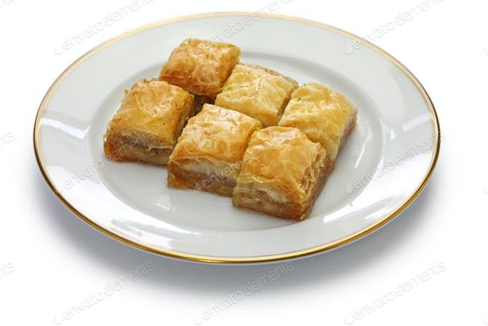walnut baklava, turkish traditional dessert