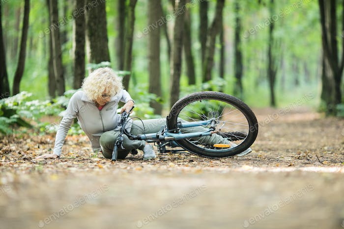 Fell of the bike