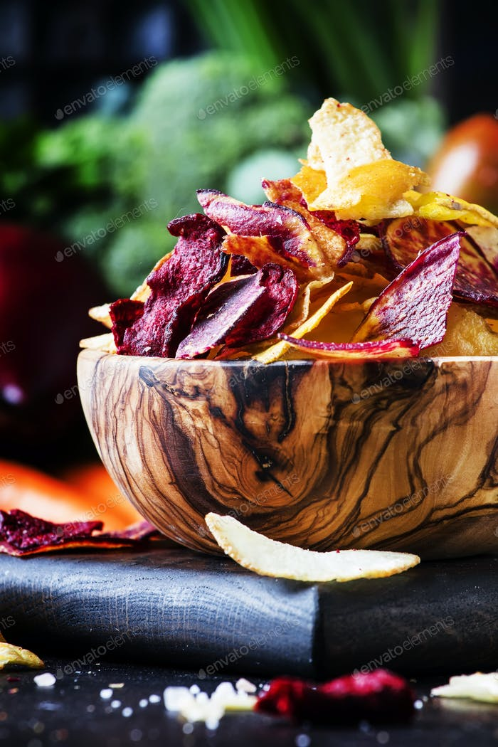 multicolored vegetable chips