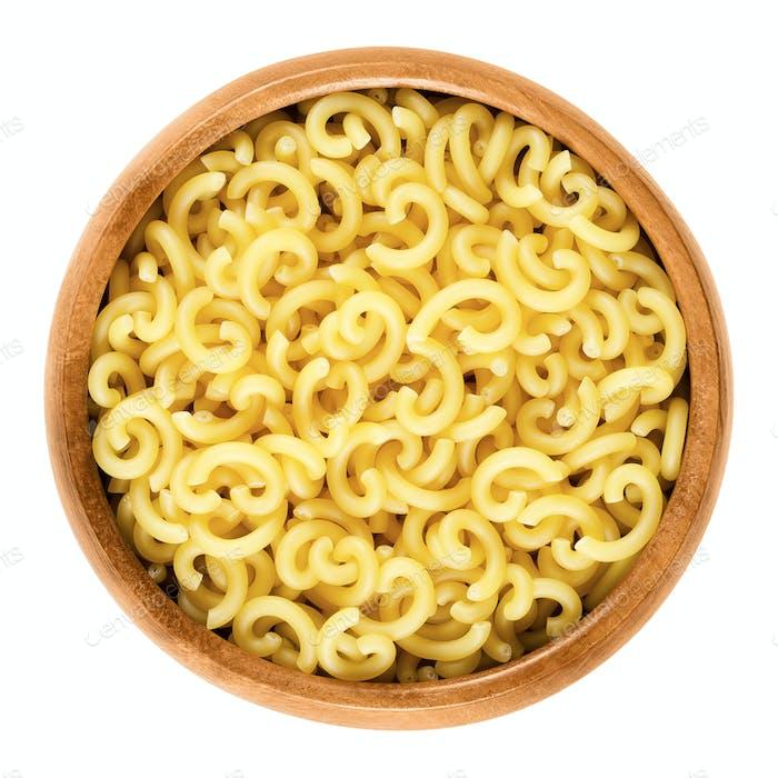 Gobbetti pasta in wooden bowl