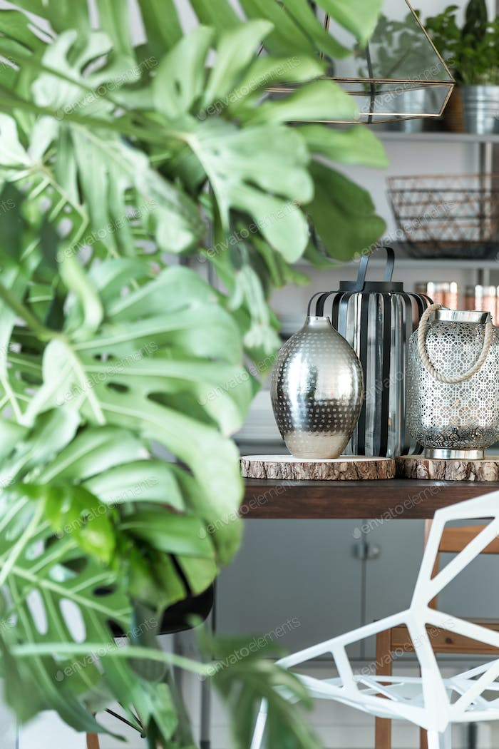 Decorative monstera and metal accessories