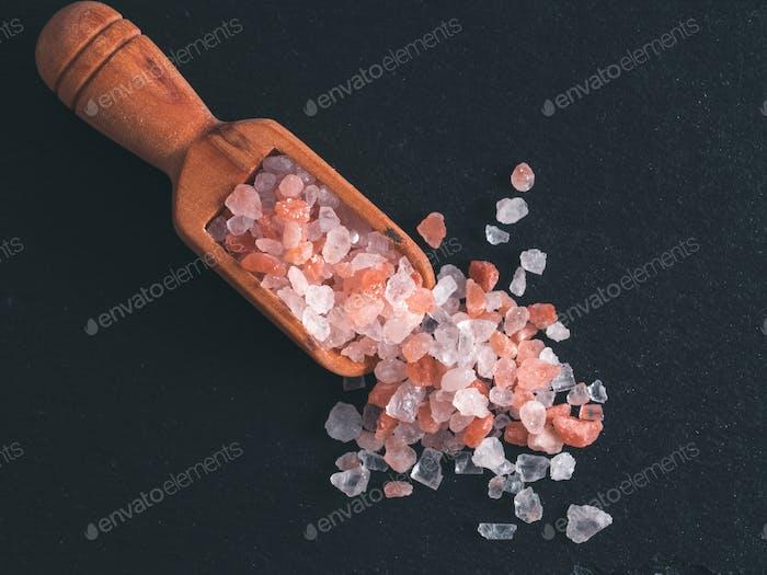 Himalayan pink salt in crystals
