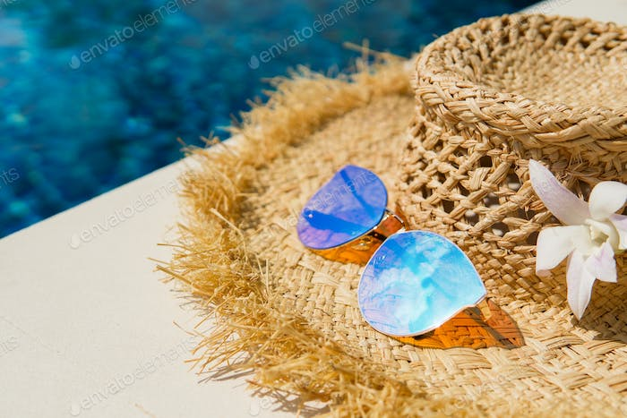 Women's Straw Hat, Sunglasses And Pool. Summer Time.