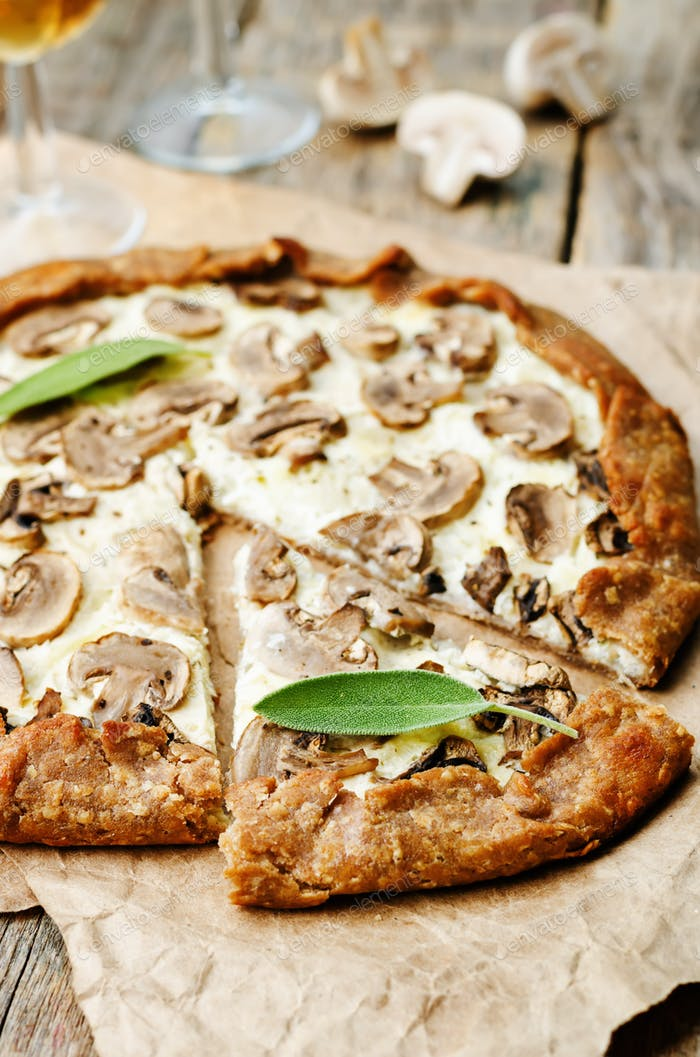 rye Galette with ricotta, onions and mushrooms